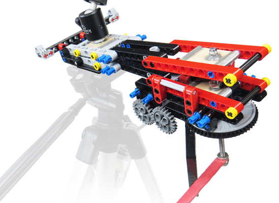 Barn door tracker built with lego parts brian carter for Motorized barn door tracker